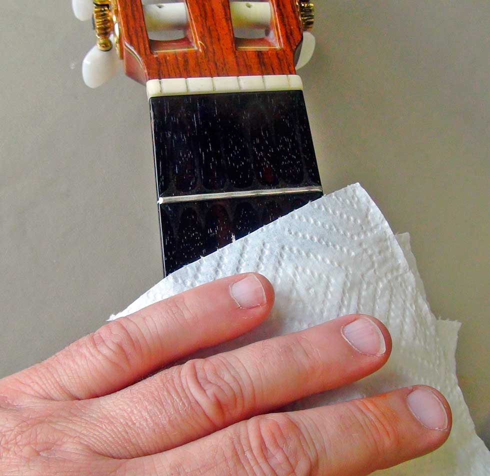 Remove Excess Lemon Oil from the Guitar Fingerboard