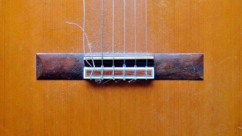 Removing the Strings Fomr a Nylon String Guitar